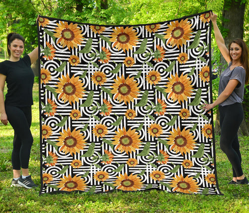 Sunflowers/Art Deco Pattern/Quilt/Bedspread