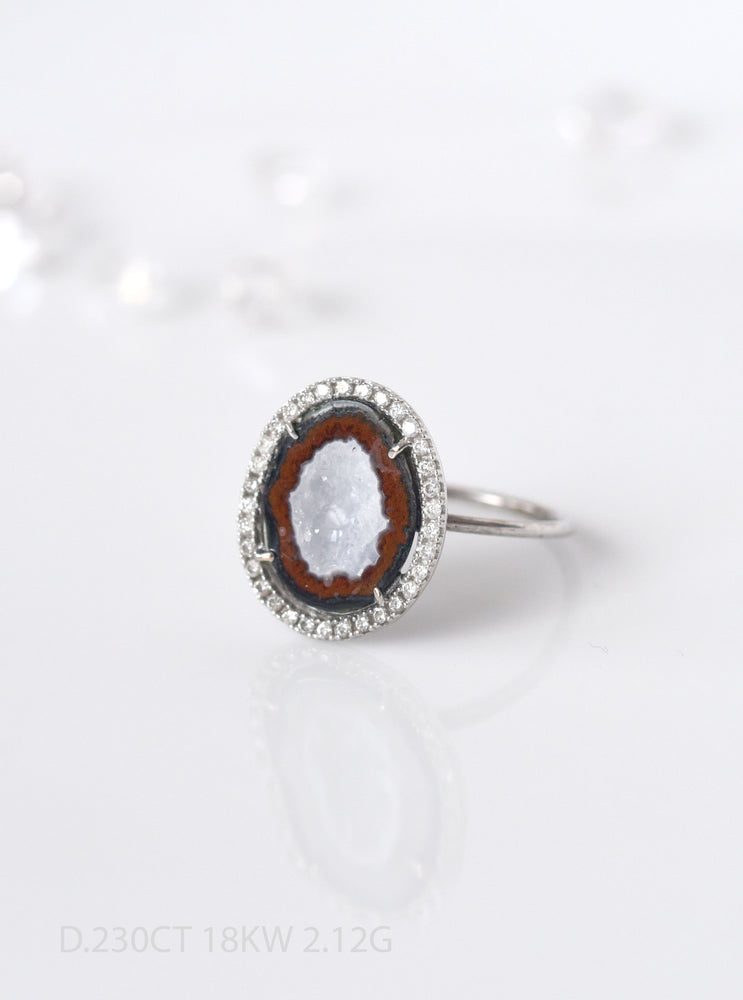 18K Solid White Gold Geode ring with Pave Diamond