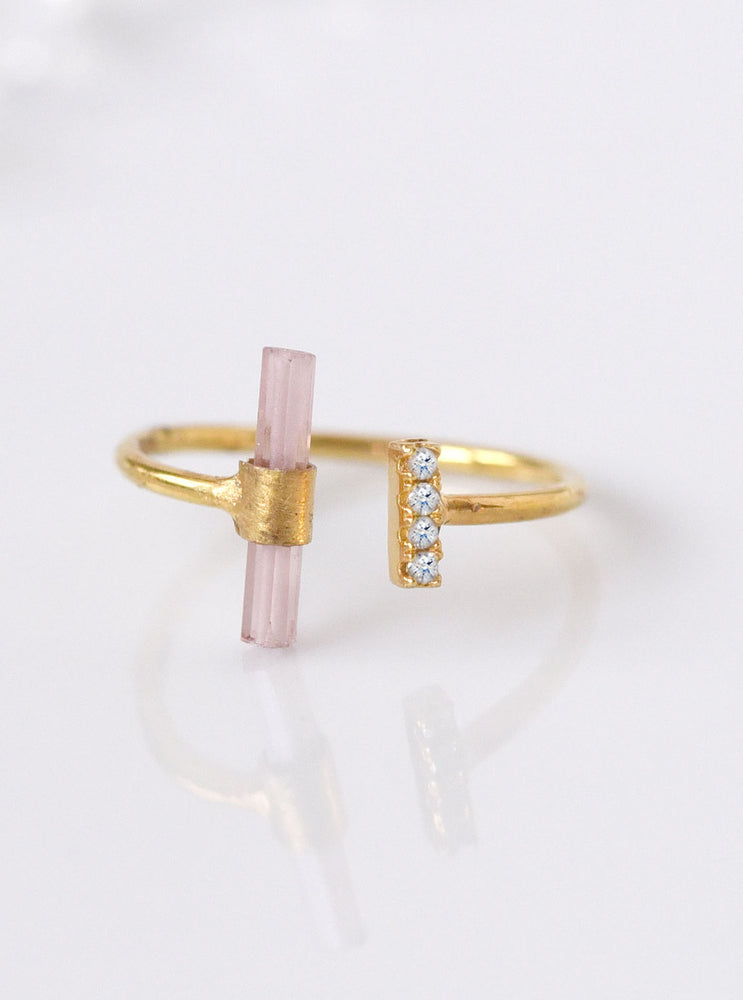 18K Solid Gold Pink Tourmaline Bar Ring with Diamond