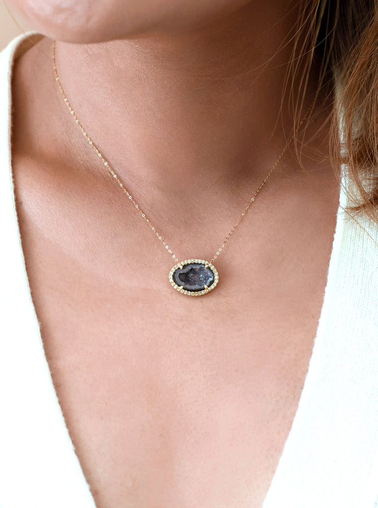 18k Gold Geode Necklace with Diamond