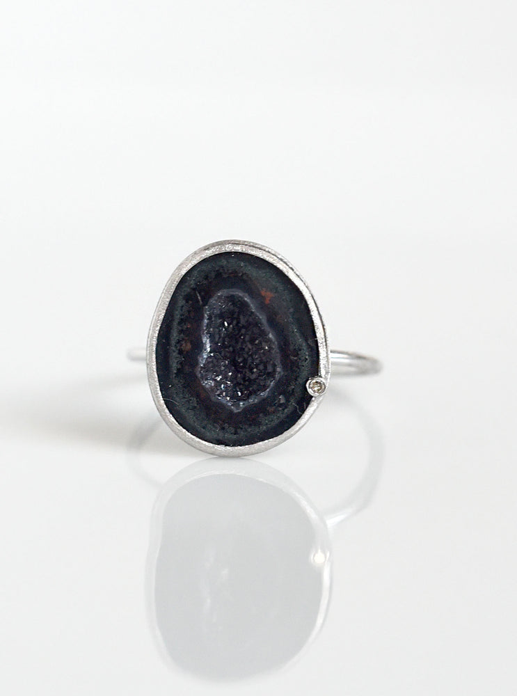 18K Solid White Gold Geode Ring with Diamond
