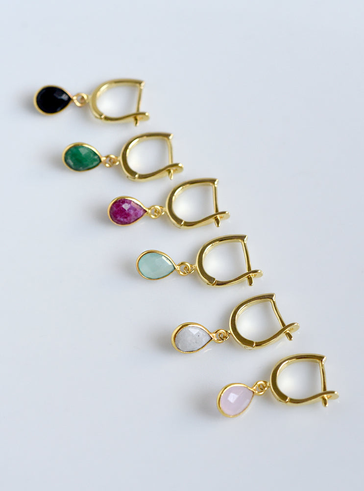 Dangling Mini Drop Earring