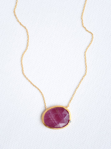 Related product : Natural Sapphire Egg Shape Necklace with Genuine Diamond