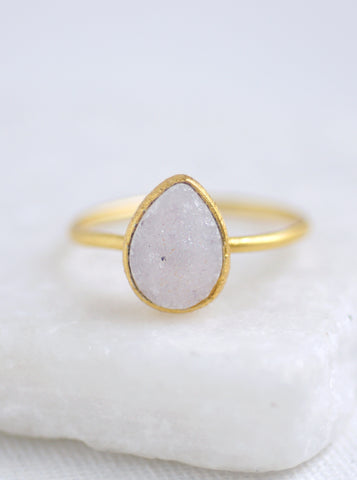 Shining Druzy Small Teardrop Ring