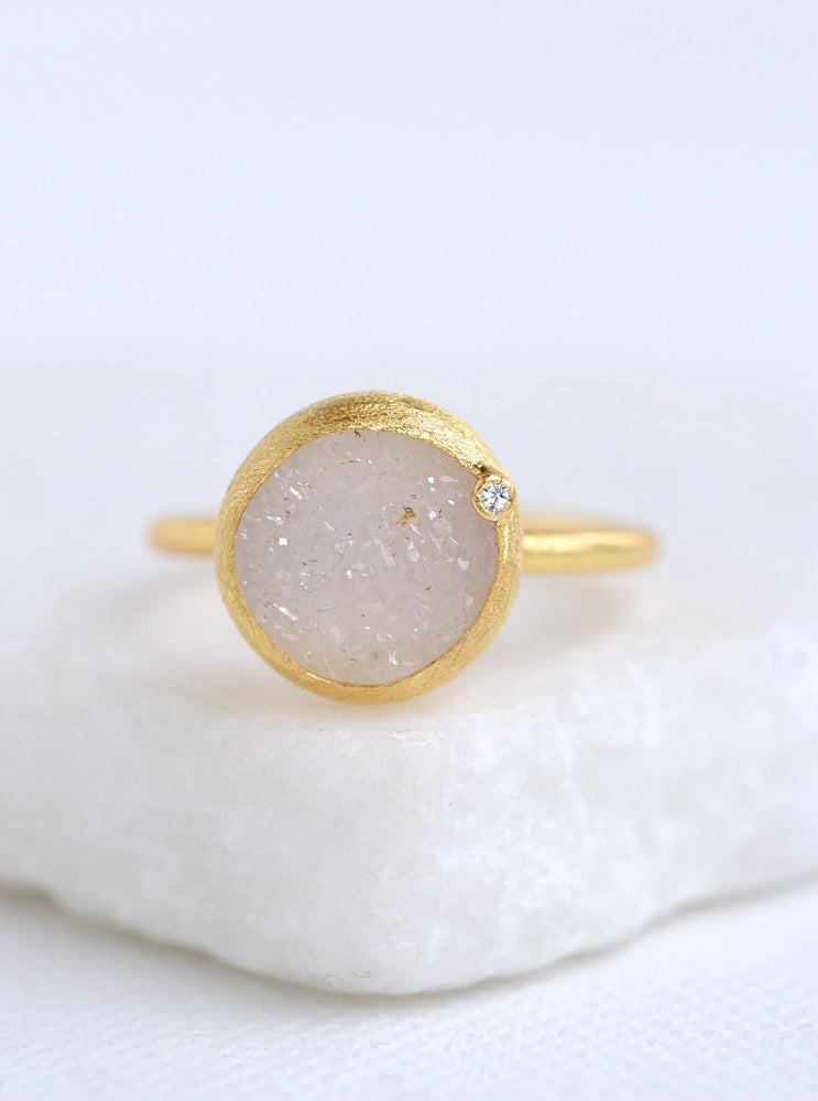 Shining Druzy Round With Genuine Diamond Ring *