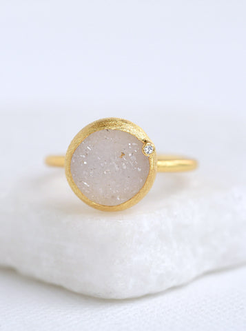 Related product : Shining Druzy Round With Genuine Diamond Ring *