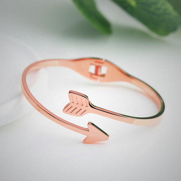 Arrow Stainless Steel Arrows Bracelet ~ Rose Gold-Bracelet-Hallvaror-Gift_Ideas-Clothing-Jewelry-Accessories