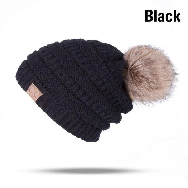 CC Label Knit Pom Beanie Hat-Hat-Black-Hallvaror-Gift_Ideas-Clothing-Jewelry-Accessories