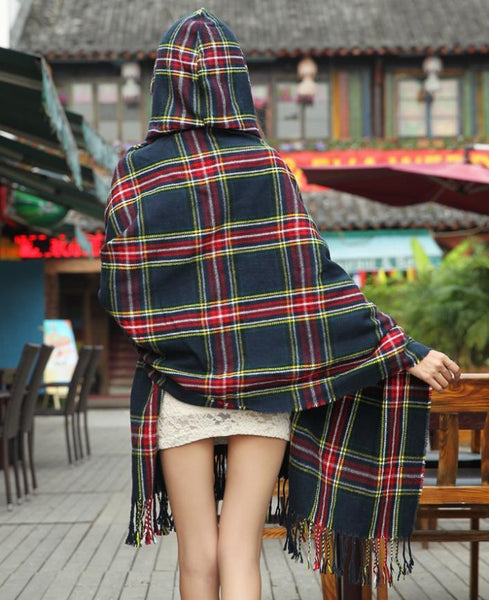 Plaid Hooded Shawl-Shawl-Hallvaror-Gift_Ideas-Clothing-Jewelry-Accessories