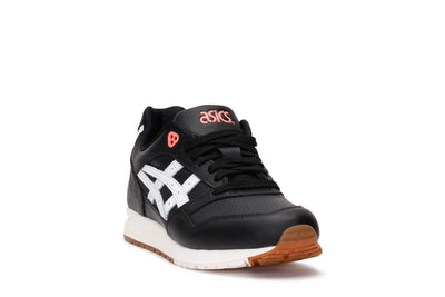 asics-tiger-mens-lifestyle-sneakers-gel-saga-black-white-3/4shot