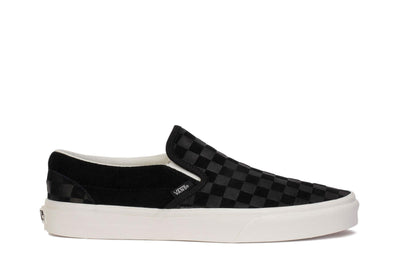 vans-mens-sneakers-classic-slip-on-checker-emboss-black-marshmallow-vn0a38f7qcf-main