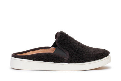 ugg-womens-slip-on-shoes-w-luci-black-1091950-main