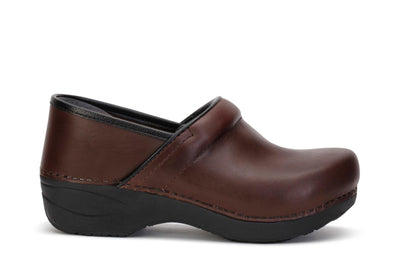 dansko-womens-clog-shoes-xp-2-0-pull-up-brown-leather-3950-530202-main
