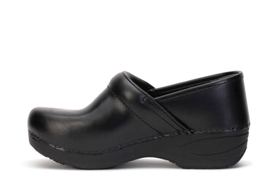 dansko-womens-clog-shoes-xp-2-0-pull-up-black-leather-3950-100202-opposite