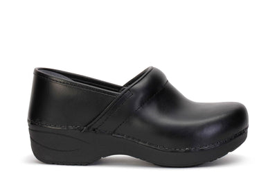 dansko-womens-clog-shoes-xp-2-0-pull-up-black-leather-3950-100202-main