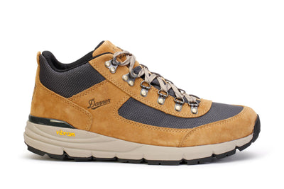 danner-mens-hiking-boots-south-rim-600-sand-suede-64310-main