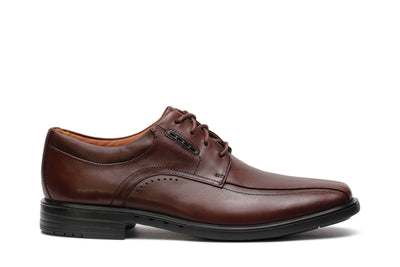 clarks-unstructured-mens-oxford-shoes-unkenneth-way-brown-leather-26128045-main