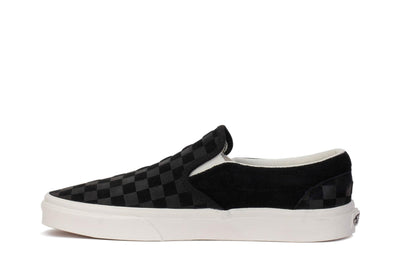 vans-mens-sneakers-classic-slip-on-checker-emboss-black-marshmallow-vn0a38f7qcf-opposite