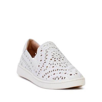 ugg-womens-cas-perf-casual-slip-on-sneakers-white-leather-3/4shot