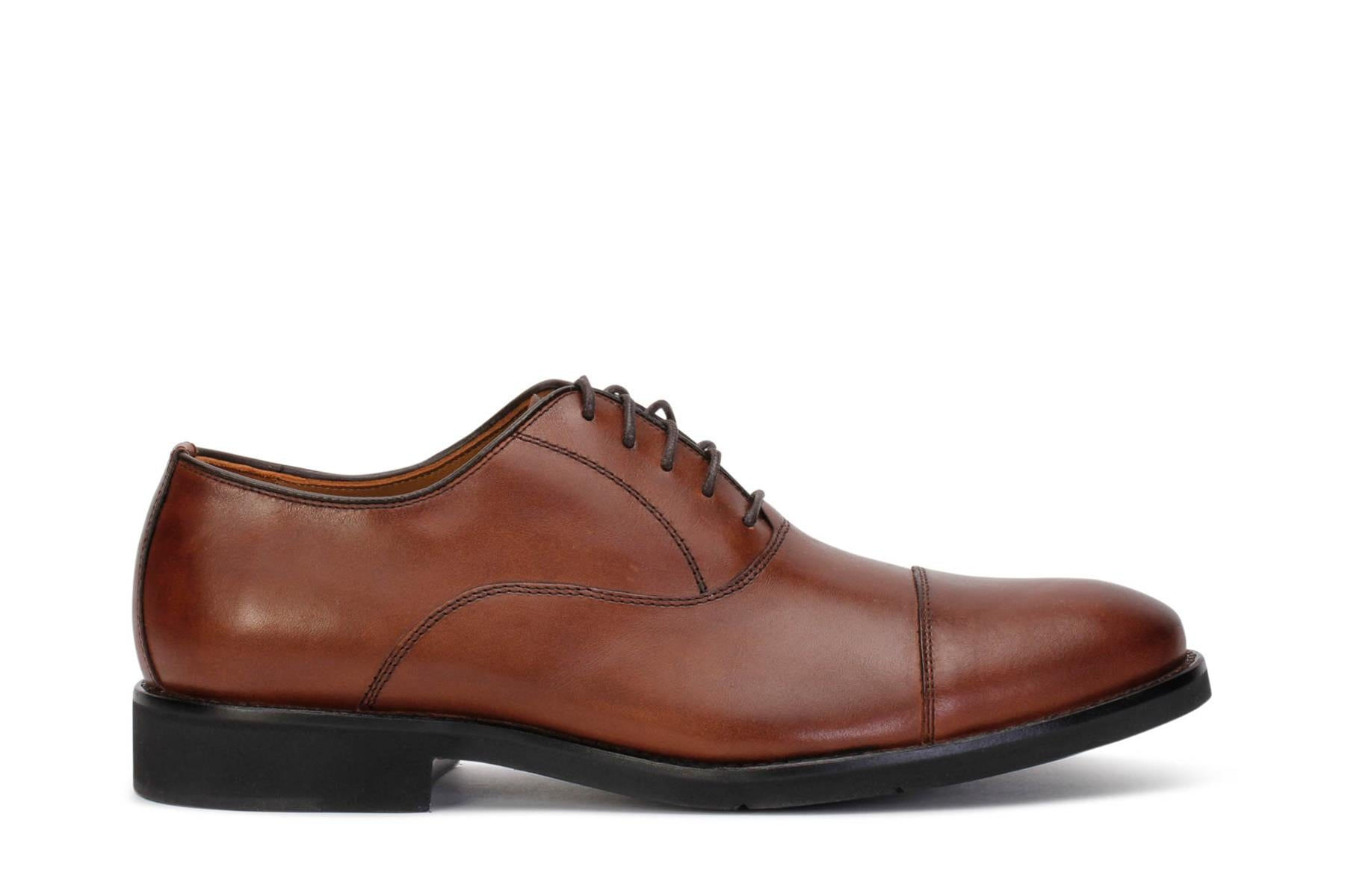 johnston-murphy-mens-oxford-lace-up-clarson-shoes-oak-leather-20-3916-main