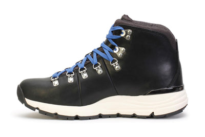 danner-mens-hiking-boots-mountain-600-black-leather-62242-opposite