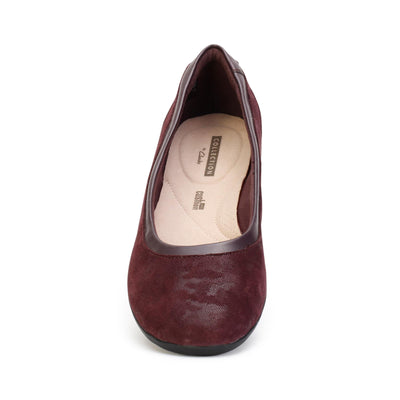 clarks-womens-flat-shoes-gracelin-mara-aubergine-suede-26128607-front