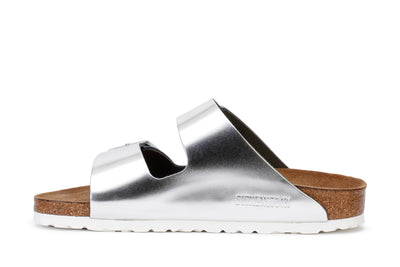 birkenstock-womens-slide-sandals-arizona-bs-silver-1005961-narrow-fit-3/4shot