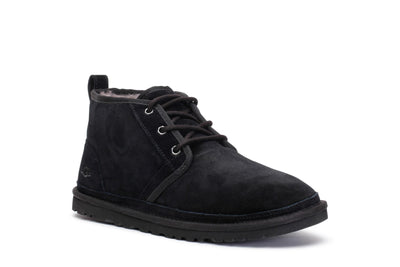 ugg-mens-classic-winter-m-neumel-boots-black-suede-3/4shot