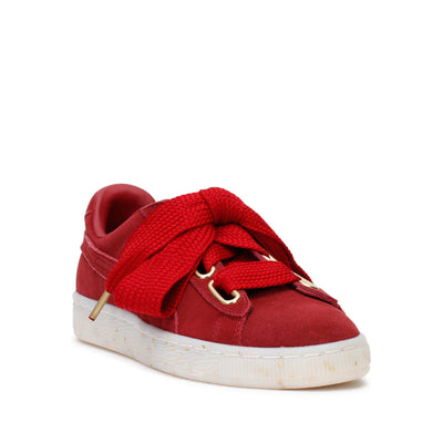 puma-womens-suede-heart-celebrate-fashion-sneakers-red-dahila-365561-02-3/4shot