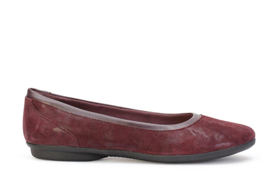 clarks-womens-flat-shoes-gracelin-mara-aubergine-suede-26128607-main