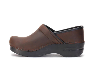 dansko-womens-clog-shoes-professional-antique-brown-black-206780202-opposite