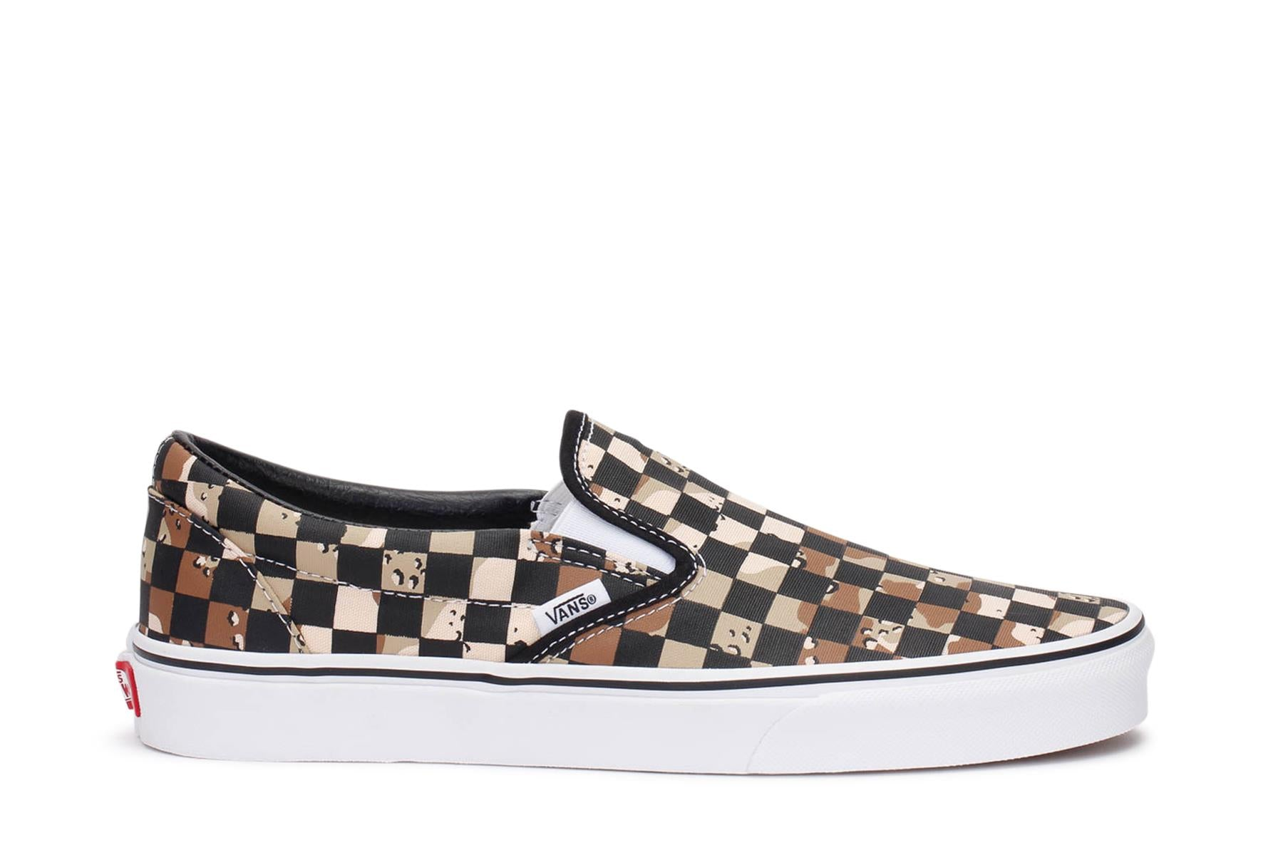 vans-mens-classic-slip-on-checkerboard-sneakers-camo-desert-true-white-vn0a4bv3v4p-main