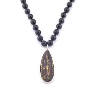 "Beautiful 30"" Jai Style mala necklace of 8mm polished black onyx semi-precious stones hand knotted with natural silk thread and authentic Thai teardrop amulet."