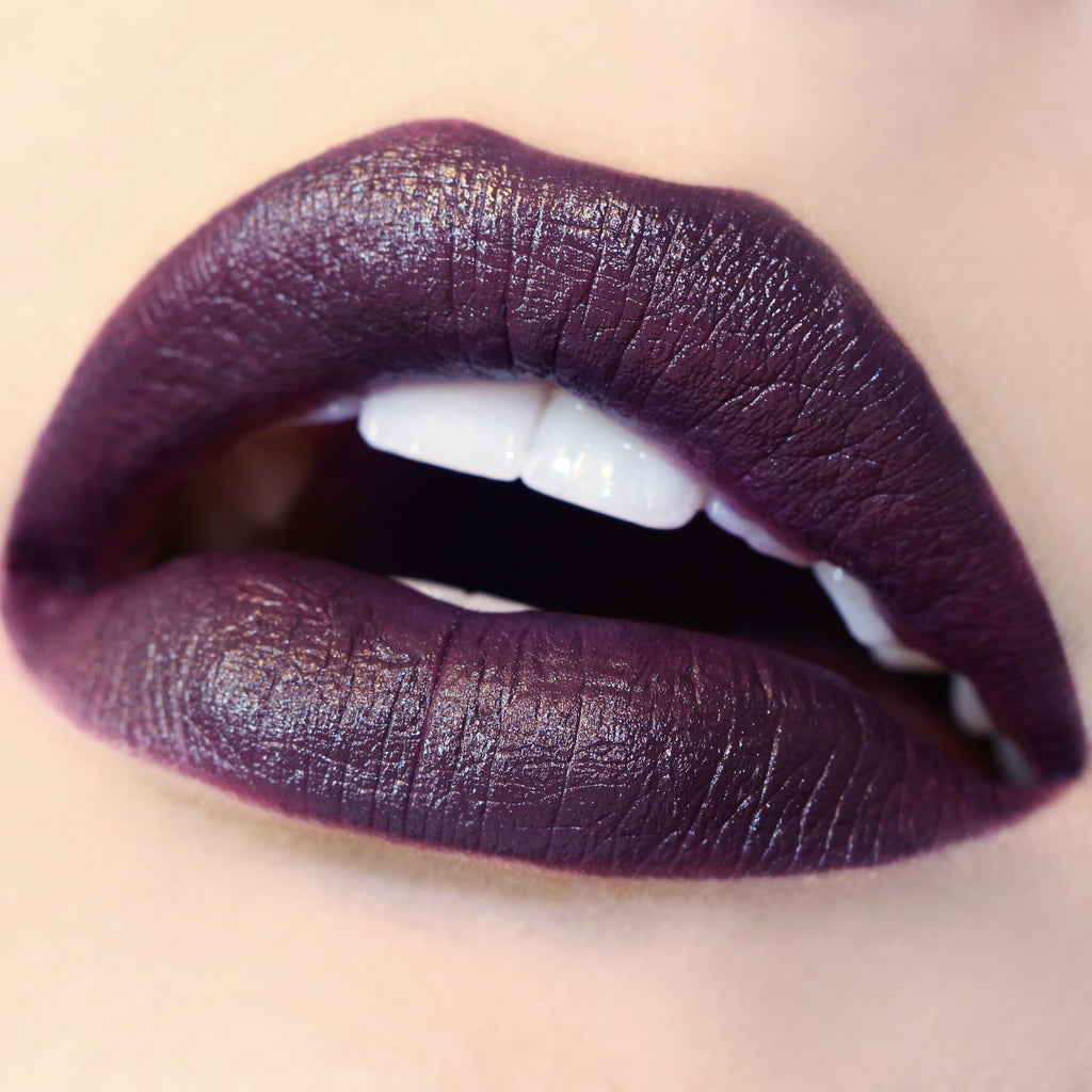 Nevermind deep violet Lippie Pencil swatch