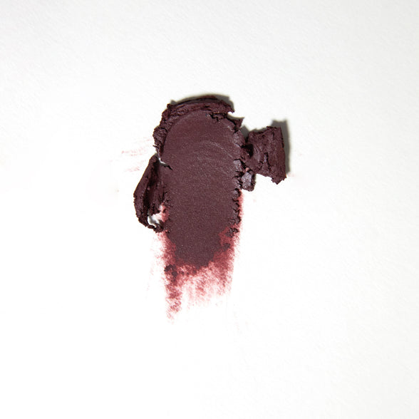 Karrueche Beverly matte deepened blackberry Super Shock eye Shadow