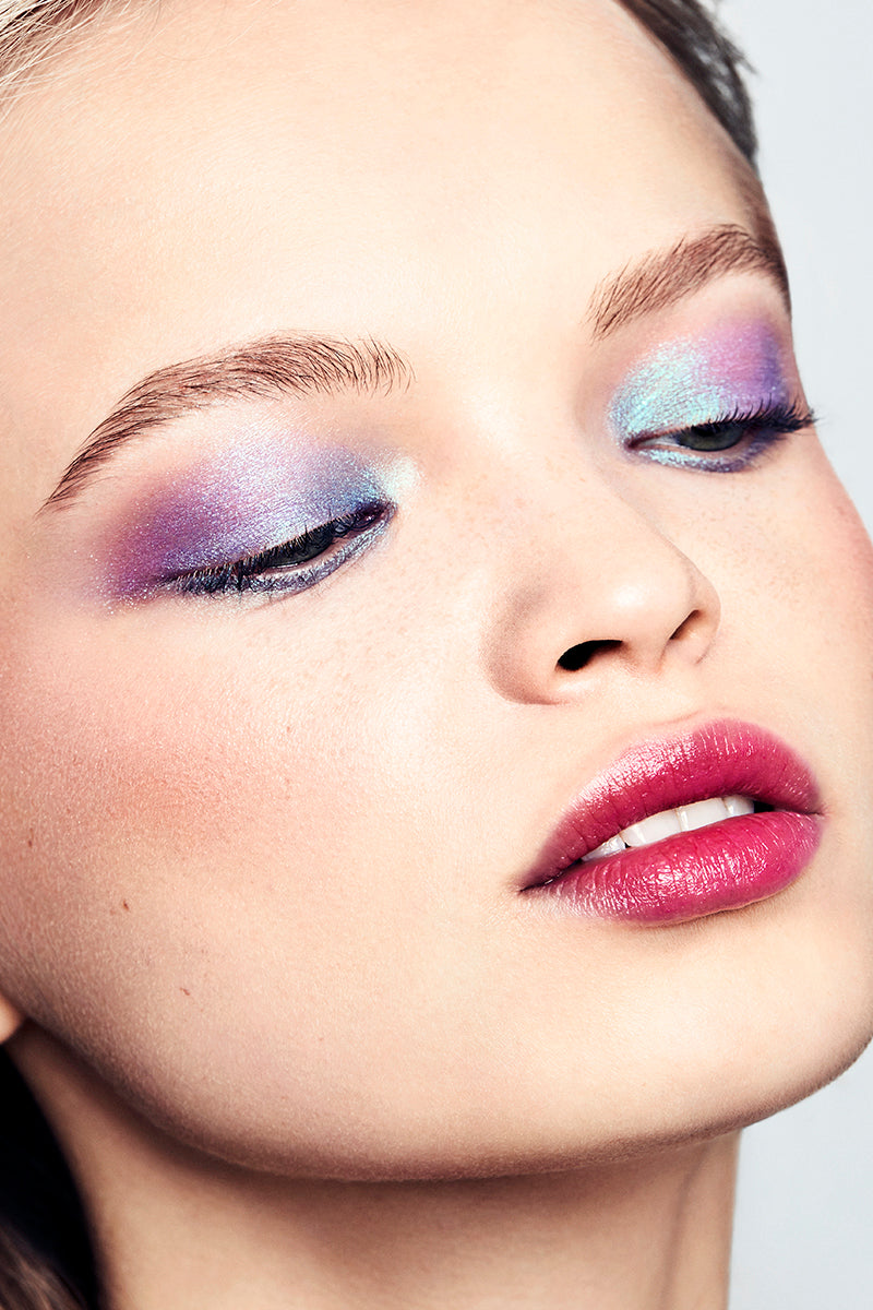 Superfly deep turquoise with green and violet duochrome Super Shock Shadow on model
