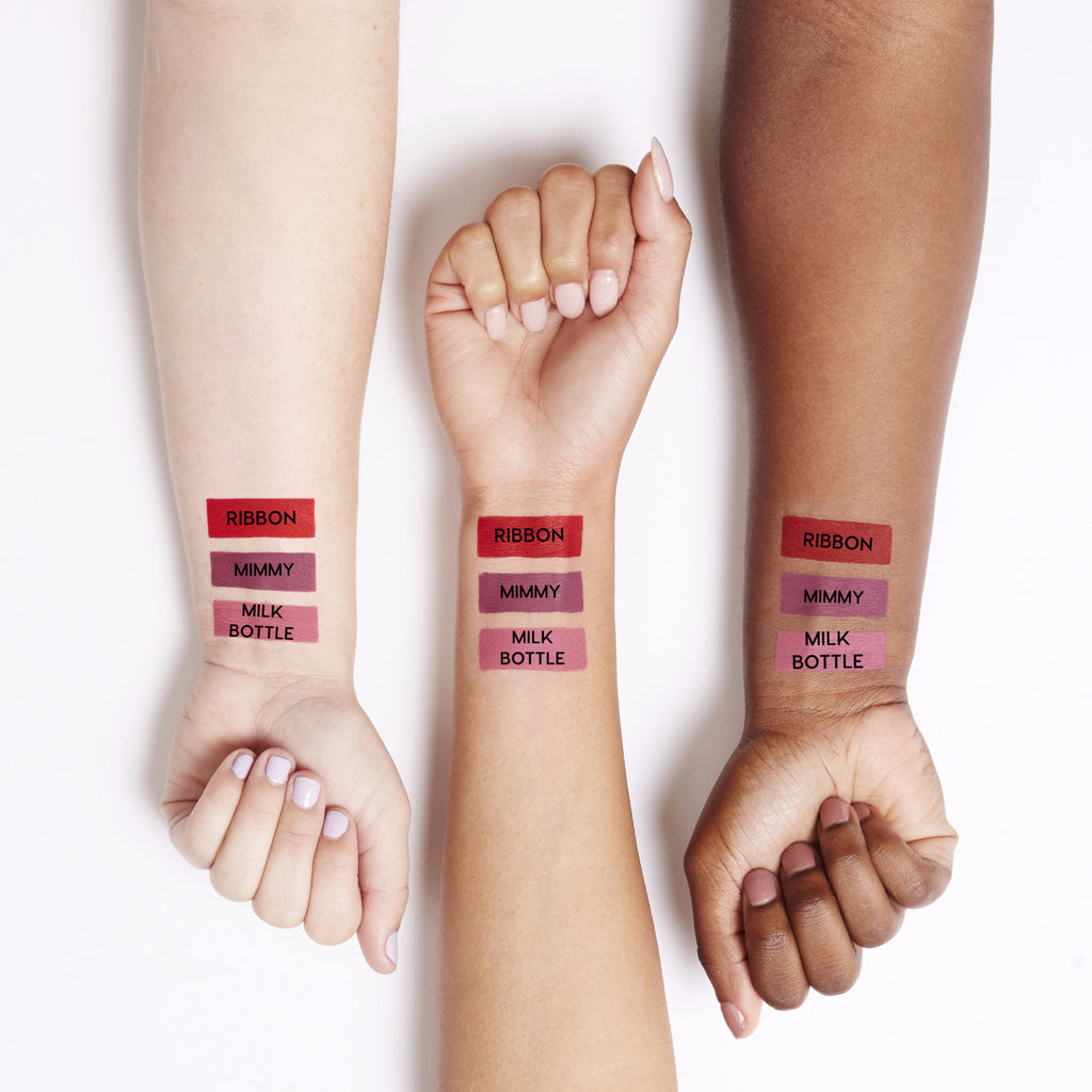 Hello Kitty Ribbon red Ultra Matte Lip swatches