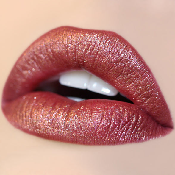 Kween red Ultra Metallic Lip swatch