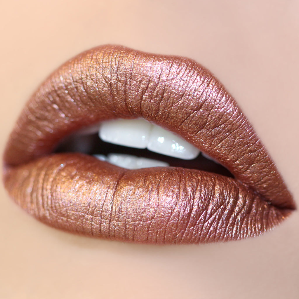 Man Eater neutral Ultra Metallic Lip swatch