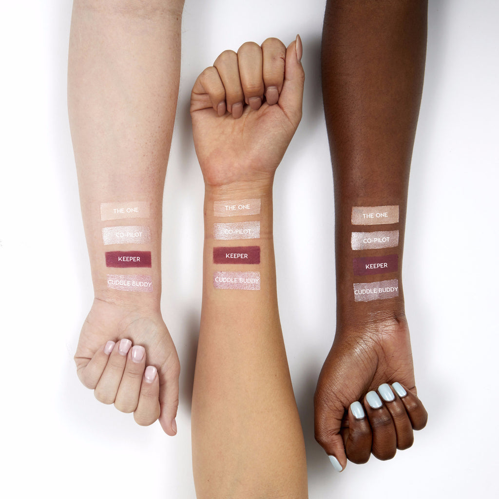 The One satin soft pinky ivory Super Shock eye Shadow swatches