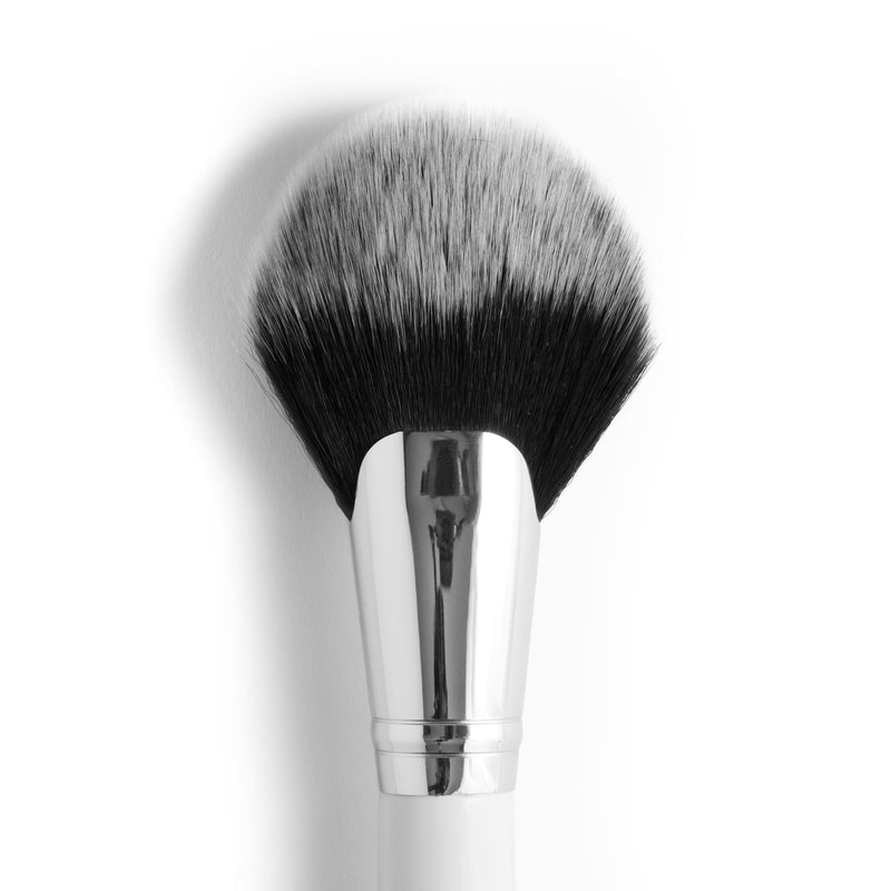 f13 Full Fan Face Brush