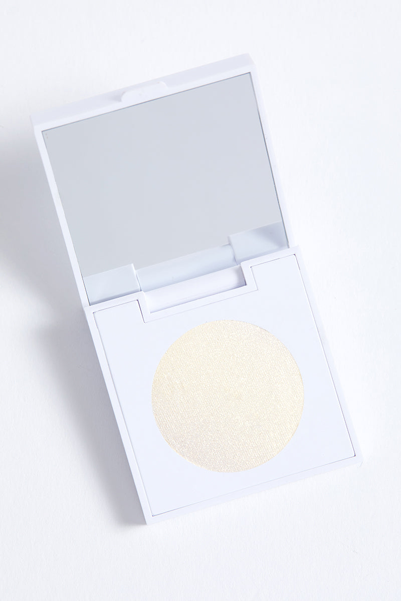 Now and Zen metallic pale yellow gold Pressed Powder eye Shadow in compact