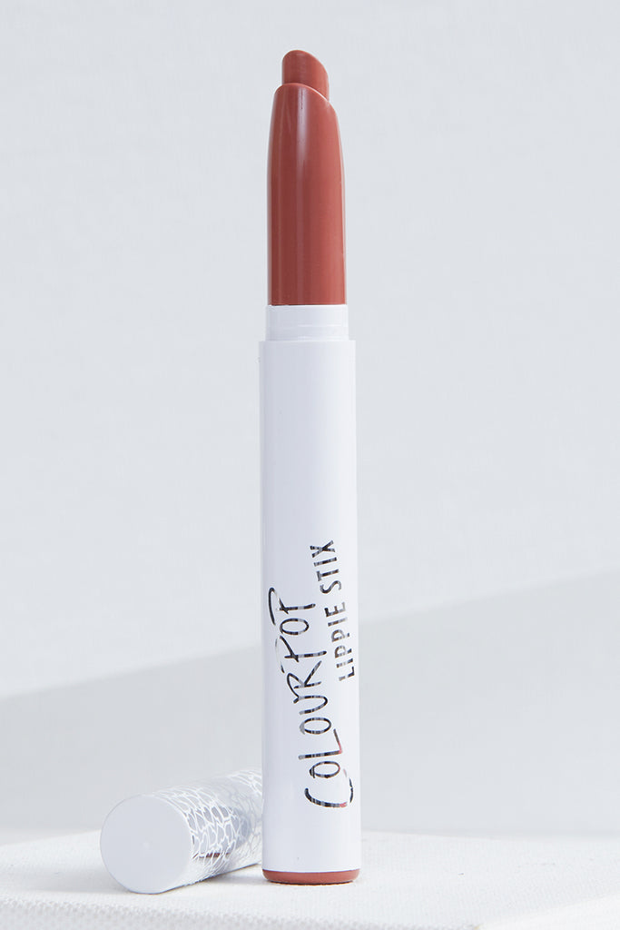 Only You warm mocha crème Lippie Stix