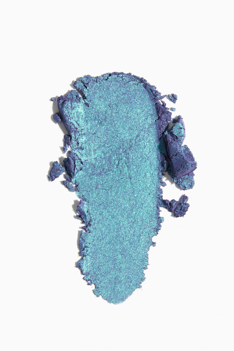 Superfly deep turquoise with green and violet duochrome Super Shock Shadow Swatch