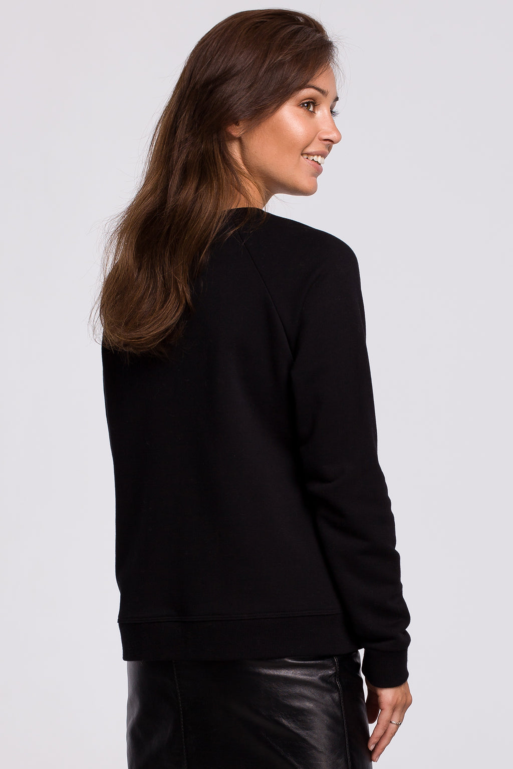 Black Sweatshirt With A Print - So Chic Boutique