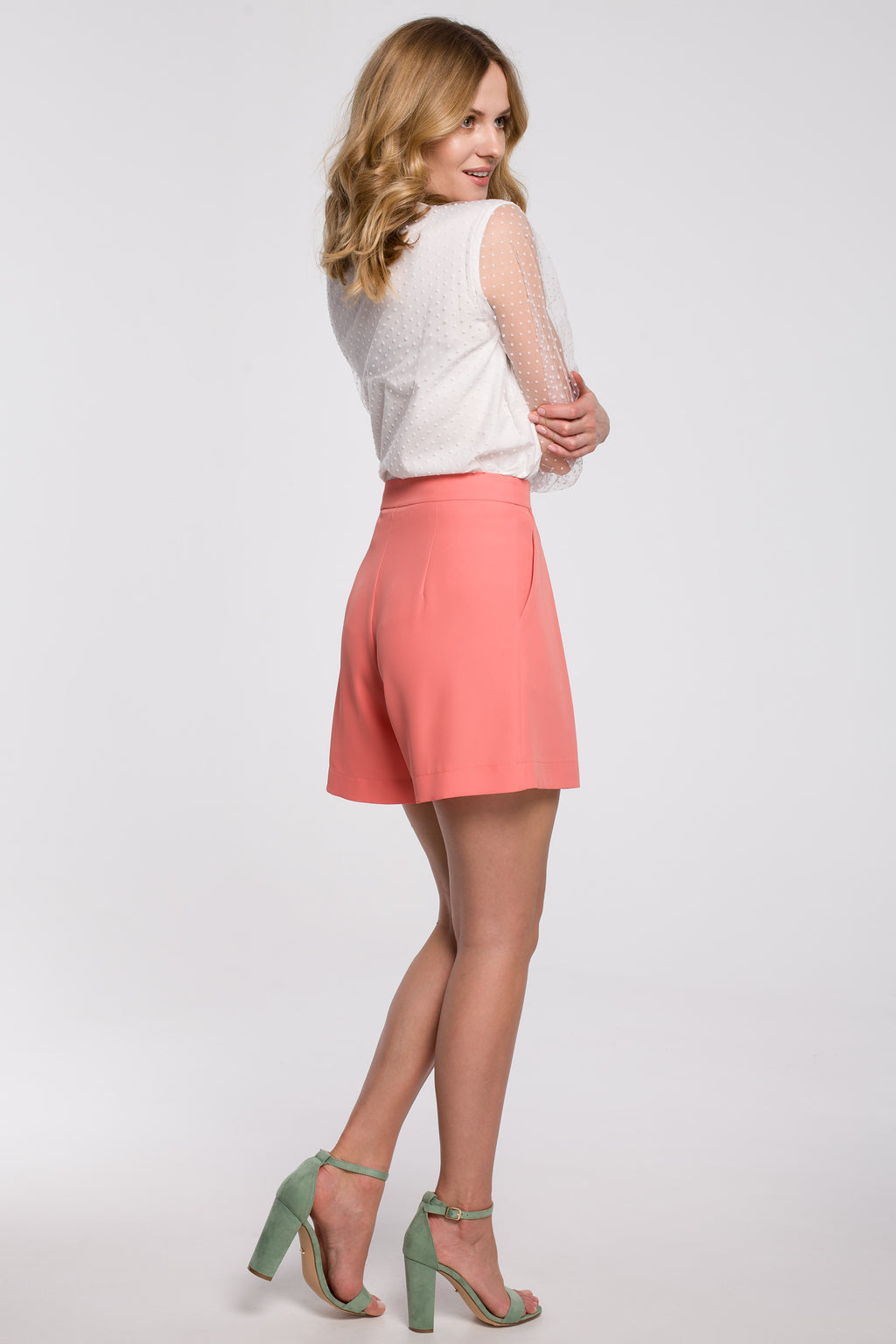 Peach Relaxed Shorts With Front Pleats - So Chic Boutique