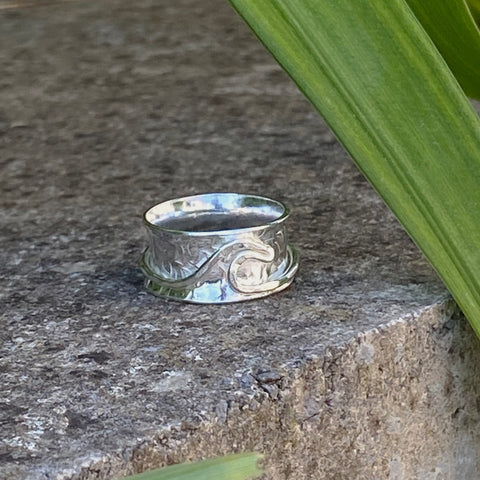 Wave Spinner Ring - Love Beach Beads