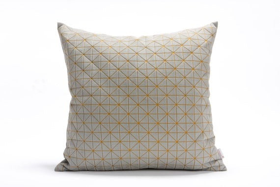 Geo pillow Gray & oker 50x50 cm