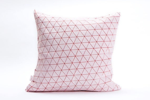 Ilay pillow, White and red cover 50x50cm.