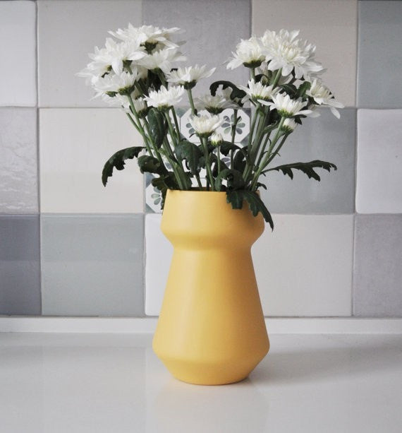 Flower vase, modern minimalist vases, Ceramic Flower pot, Ceramic Vase, Yellow Flower Pot, Yellow Decor, Yellow home decor, pottery vase - Slab Homewares